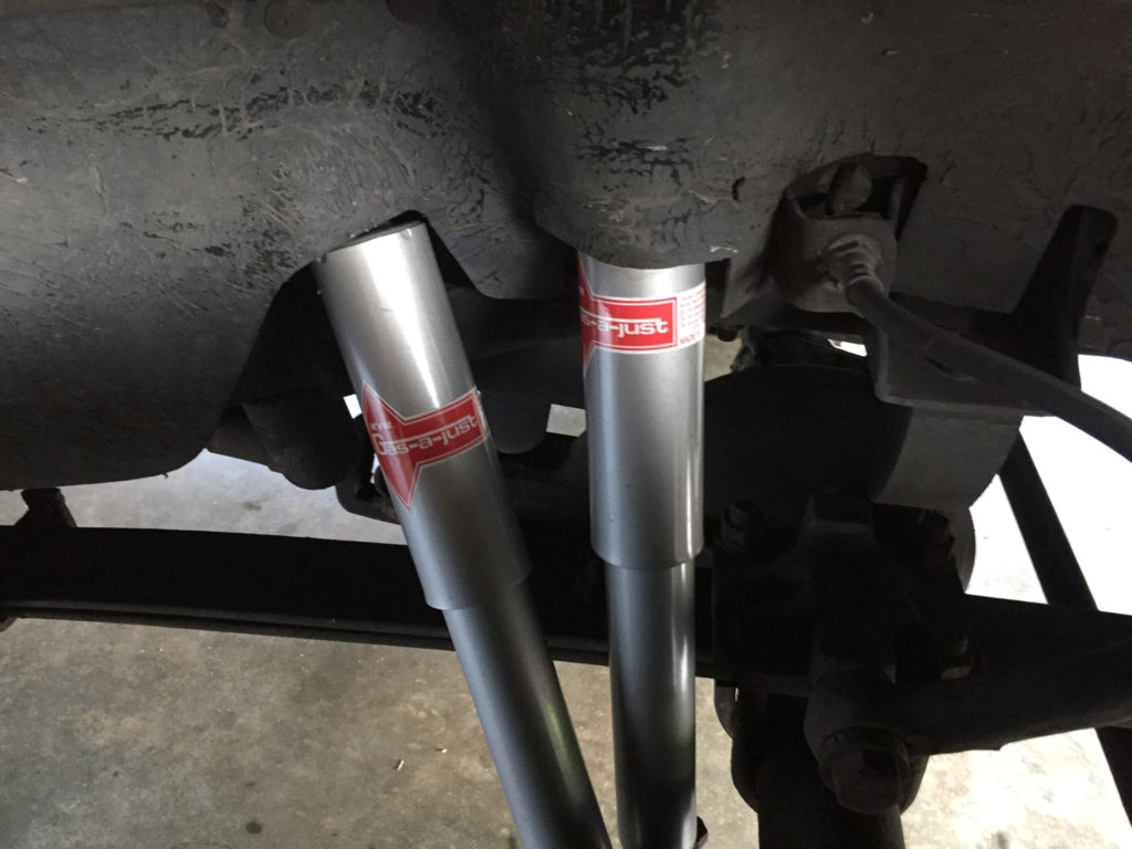 New KYB Shocks in Chevy K5 Blazer